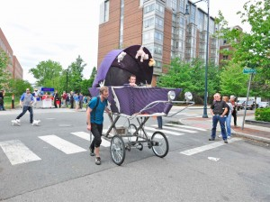 Race-GiantBabyCarriage4